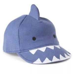 3/$25 GAP Shark Hat